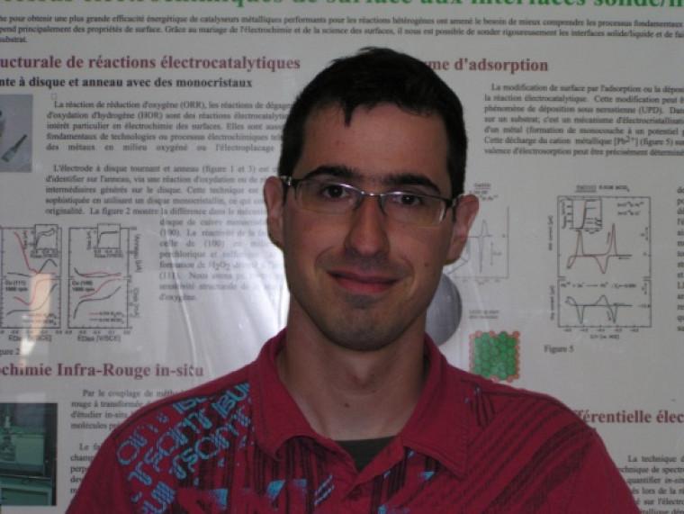 Christian Désilets, étudiant en maîtrise au Département de chimie.