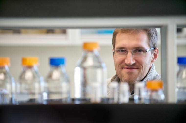 Jean-Philippe Bellenger, professeur en chimie de l'environnement.