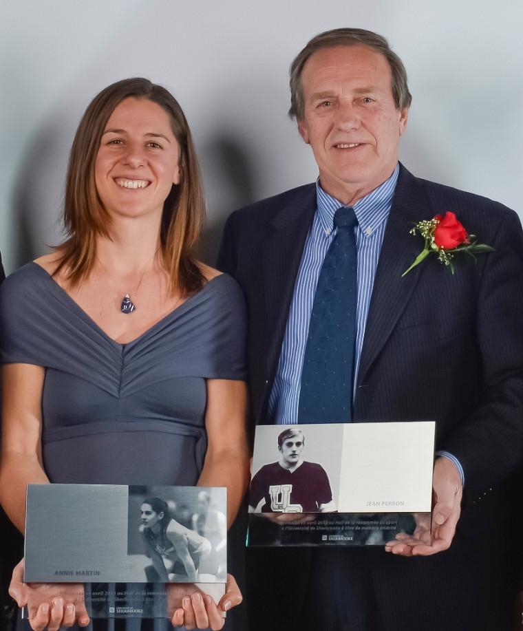 Annie Martin et Jean Perron ont été intronisés le 11 avril au Hall de la renommée du sport à l'Université de Sherbrooke, dans le cadre du Mérite sportif des équipes Vert & Or.