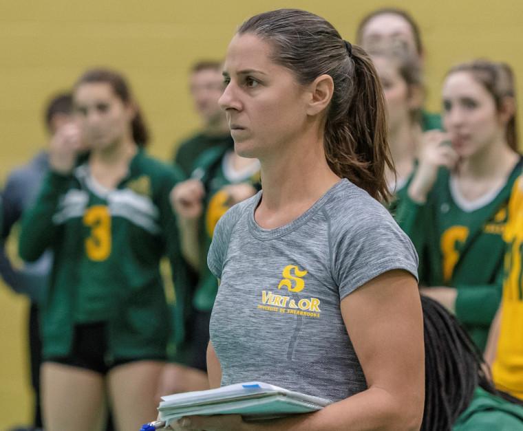 La coentraîneure de la formation féminine de volleyball Vert & Or, Annie Martin.