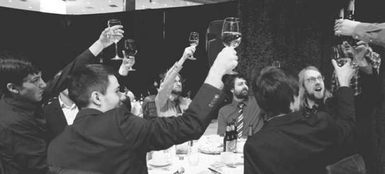 Félix Martel-Denis, David Lalancette, Émile Fugulin, Frédéric Bergeron et Maxime Gaudreault, membres deJeux et Défis Informatiques de Sherbrooke, participants aux CS Games.