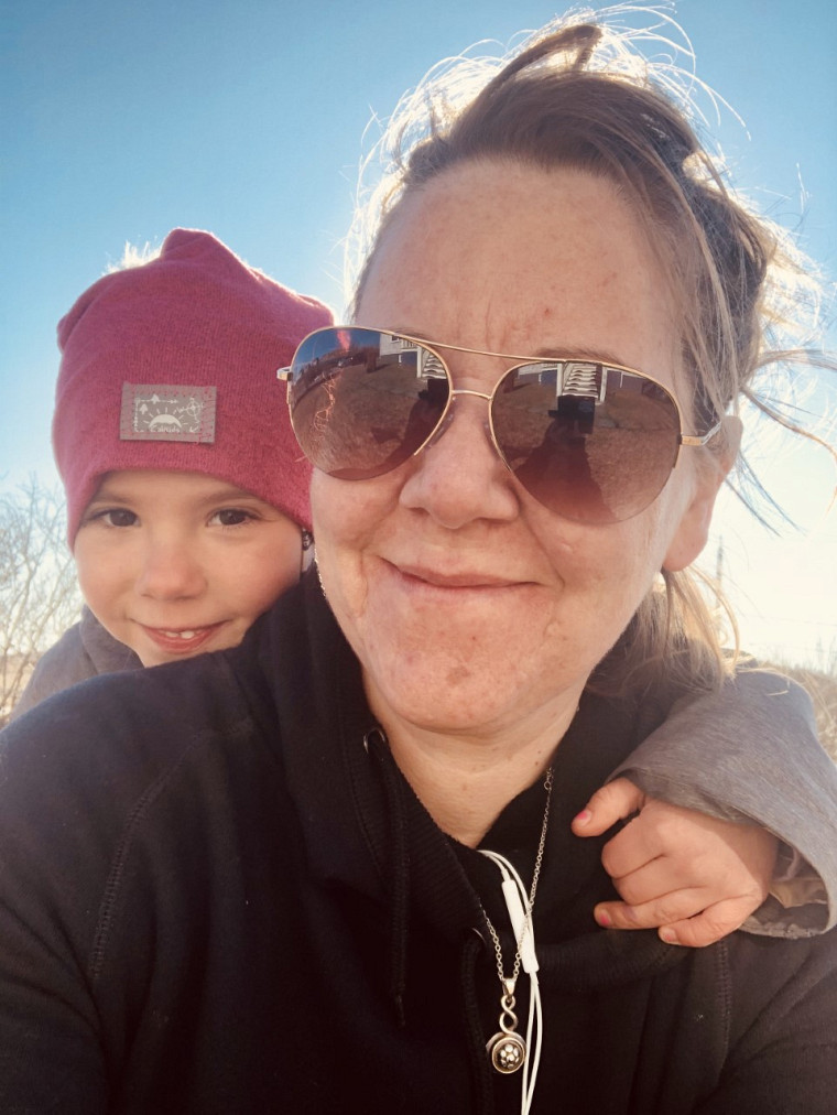 Au début 2015, Judith accueille sa fille, Flavie. L'arrêt de travail lié à sa grossesse aura été déterminant dans sa décision de retourner aux études.
