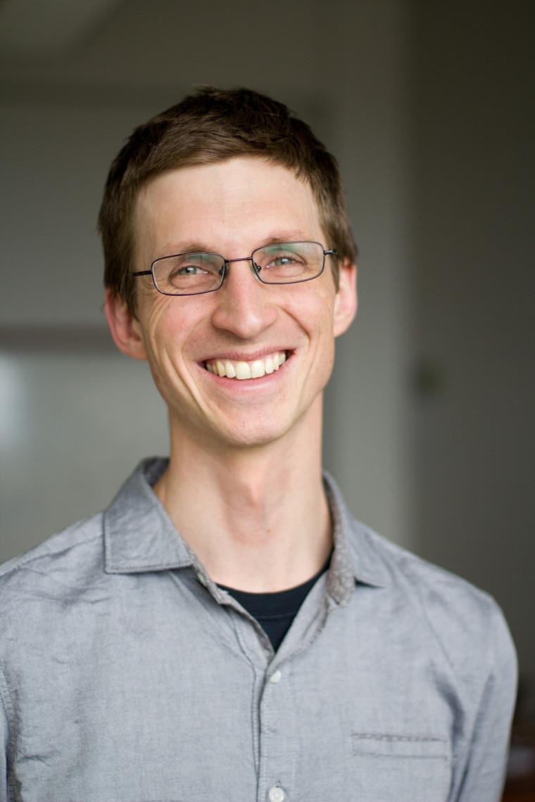 Le professeur François Claveau, titulaire de la Chaire de recherche du Canada en épistémologie pratique