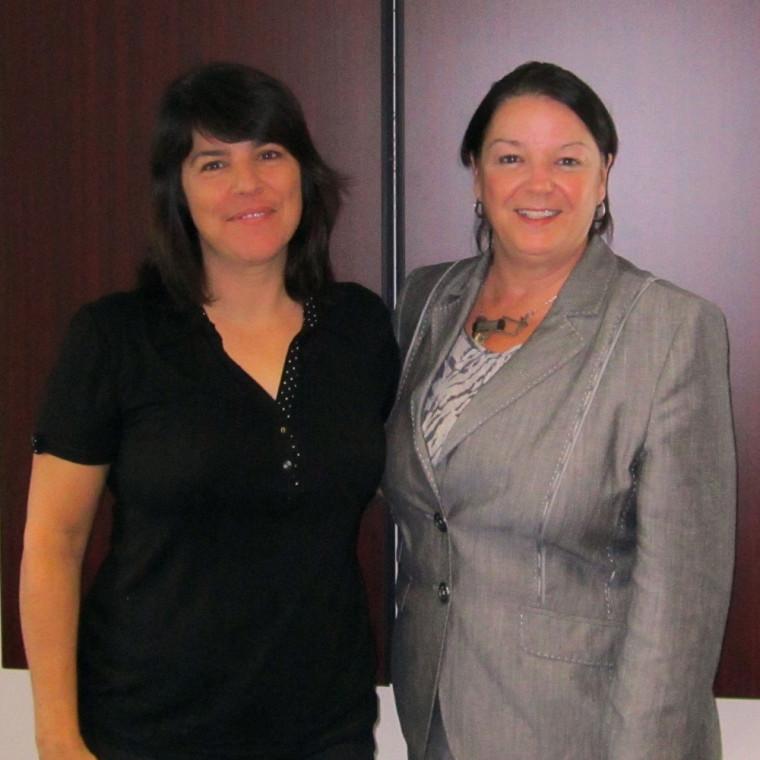 Suzie Nadeau, étudiante au MBA coop et stagiaire en compagnie de Patricia Gauthier, directrice générale du CHUS et gouverneure de la FRAUS.