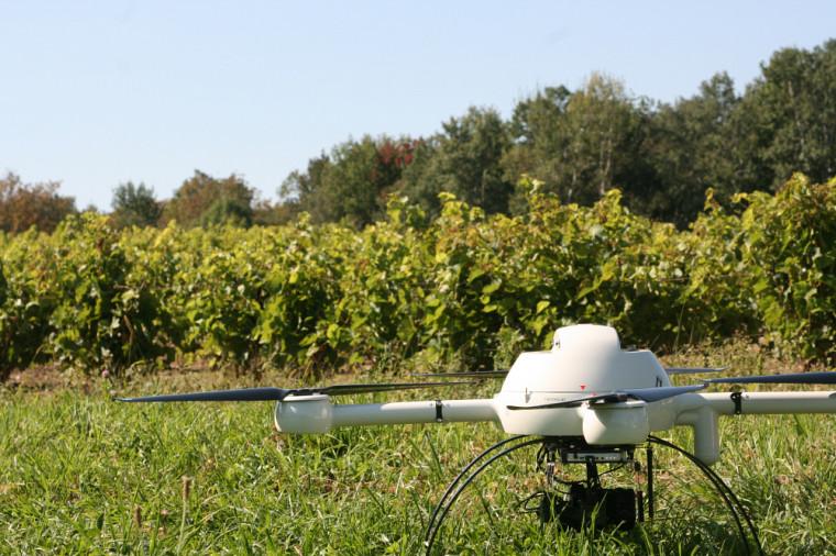 Le drone est souvent utilisé en agriculture.