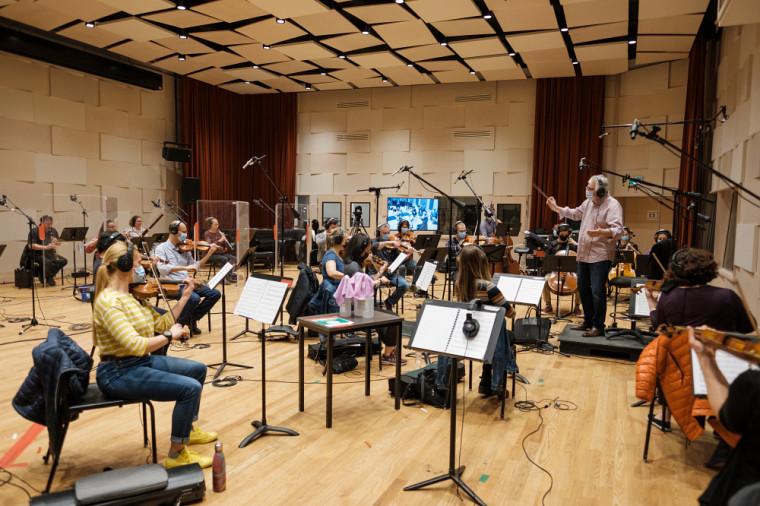 Le 7 mai dernier, une classe de 3eannée en composition a eu la chance de faire jouer ses partitions par l'Orchestre symphonique de Sherbrooke (OSS) et son chef Stéphane Laforest.