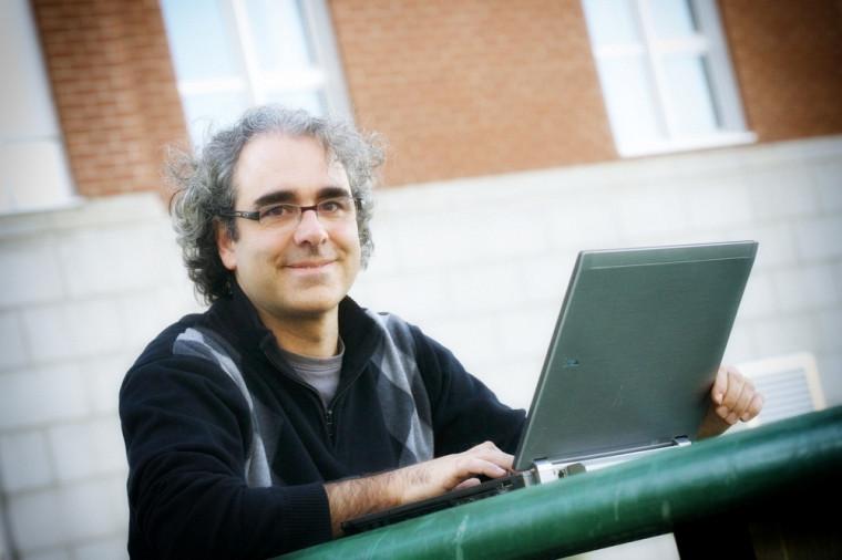 Le professeur Luc Godbout