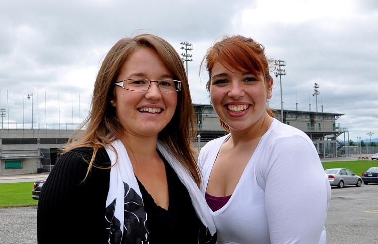 Estelle Martel-Côté et Andrée-Anne Jacob, étudiantes en kinésiologie, ont pris part aux activités de la rentrée.
