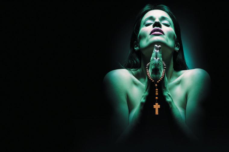 La pièce LesFées ont soif de Denise Boucher, avec Bénédicte Décary