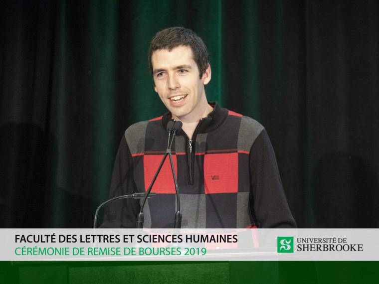 Le directeur du REMDUS et représentant étudiant au conseil d'administration de La Fondation de l'Université de Sherbrooke, Monsieur William Leclerc-Bellavance.