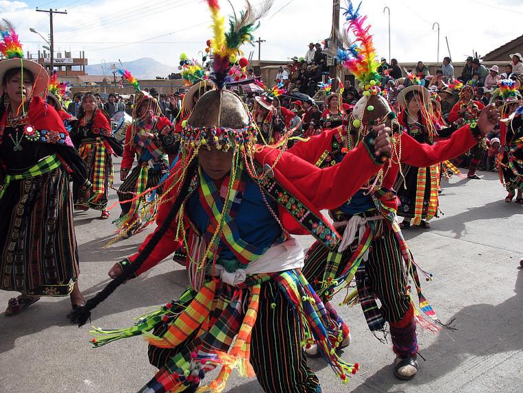 Danse ancestrale de la culture tinkus