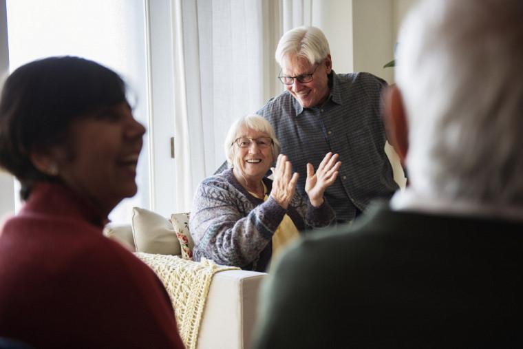 Améliorer la qualité de vie des personnes aînées: deux projets de recherche menés à l'UdeS