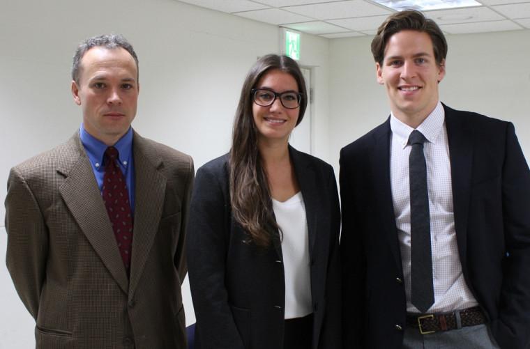 Letta Wellinger et Georges Samoisette-Fournier, accompagnés du professeur Roy A. Partain, leurentraîneur aux fins du concours.