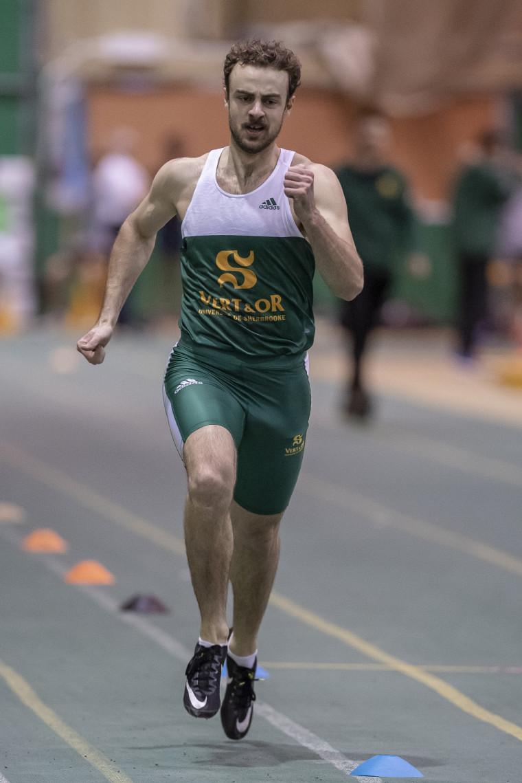 Charles Pelletier, l'un des quatre membres du relais masculin Vert & Or au 4 fois 400 m.