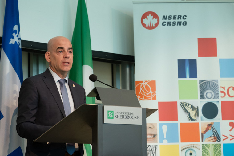 Serge Villemure, directeur, Subventions de recherche et Bourses, Conseil de recherches en sciences naturelles et en génie du Canada (CRSNG).