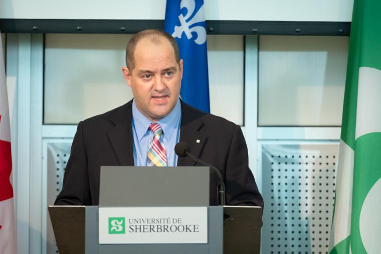 Le professeur Jean-Pascal Lemelin, vice-recteur adjoint à la recherche et aux études supérieures de l'Université de Sherbrooke.
