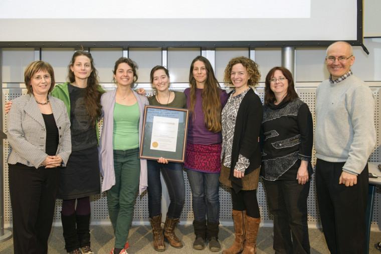 Julie Desjardins, Mylène Archambault, Geneviève Amyot-Ladouceur, Maude Lemay Décary, Éliane Landriault, Sophie Barrette, Diane Biron et Martin Buteau.