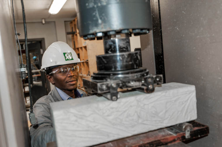 Étudiant au doctorat en génie civil, Ousmane Ahmat Hisseine est récipiendaire de la bourse Vanier.
