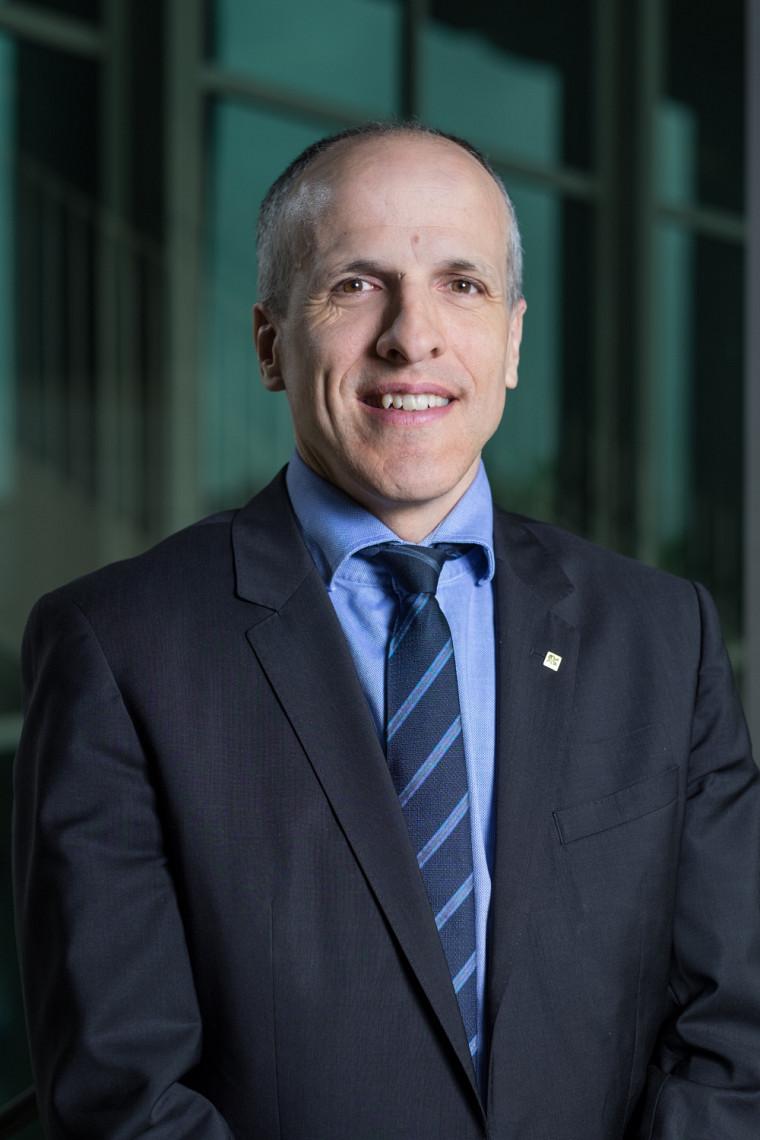 Le nouveau recteur, professeur Pierre Cossette.