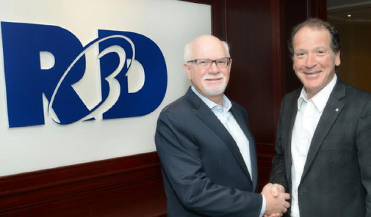 Marc-André Roy, président du conseil d'administration et chef de direction de R3D Conseil inc. et Luc Raîche, conseiller en développement philanthropique àla Faculté des sciences.