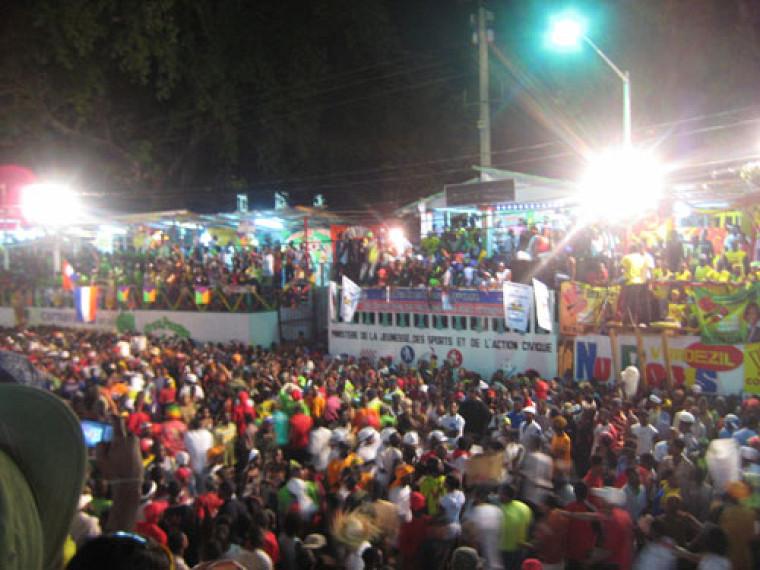 Le coeur à la fête au carnaval