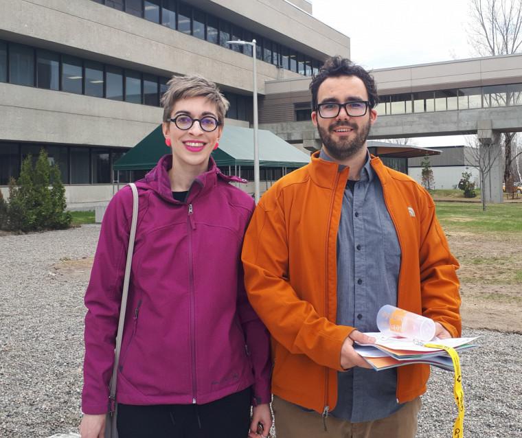 Anne Marie Gosselin et Thomas Boisvert St-Arnaud au congrès de l'Acfas, à Chicoutimi.