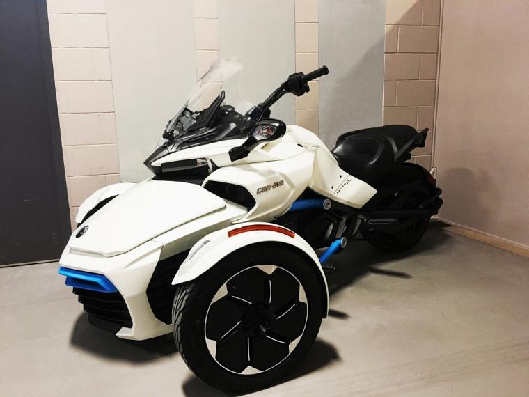 Le tout nouveau véhicule concept électrique Can-Am Spyder.