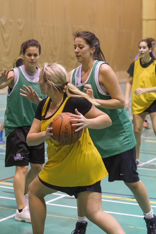 La participation à des compétitions sportives et l'organisation d'événements relatifs aux sports peuvent faire l'objet d'un financement du FAEE.