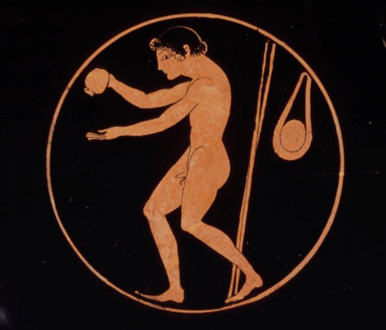 Athlète grec avec des javelots.