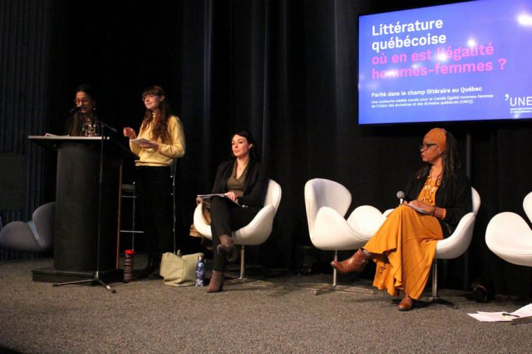 Charlotte Comtois, Isabelle Boisvert et Karine Rosso ont dévoilé les résultats de cette étude sur l'égalité hommes-femmes dans le monde du livre québécois au Salon du livre de Montréal, le 22 novembre2019.
