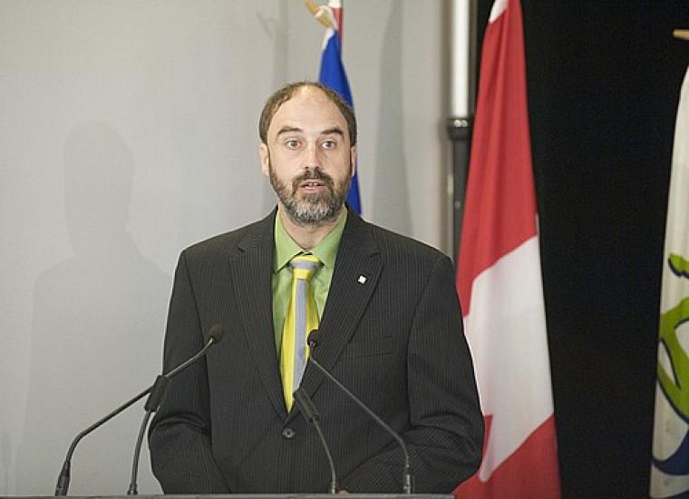 Le vice-recteur à la recherche de l'Université de Sherbrooke, Jacques Beauvais